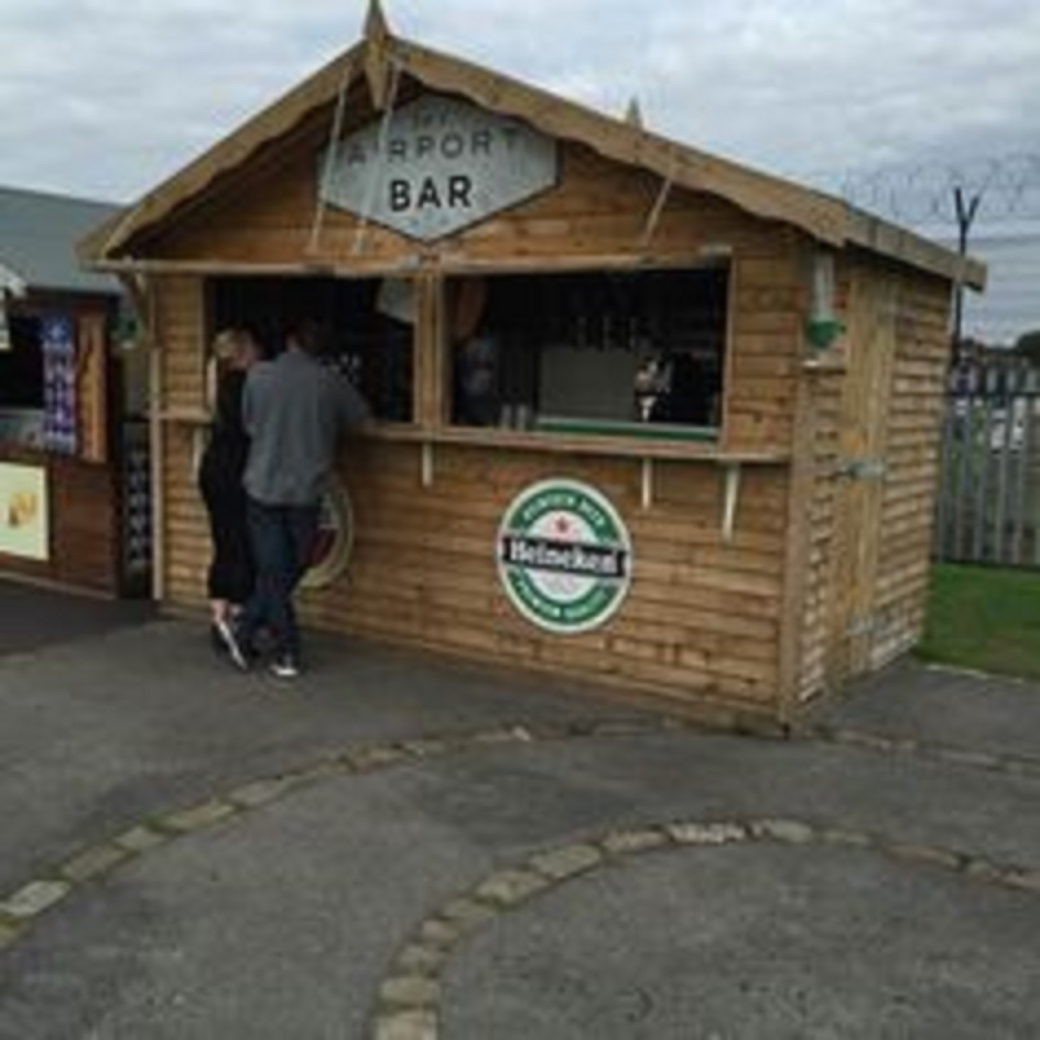 Garden bars shed pub outdoor rental hire bars liverpool for Garden shed bar